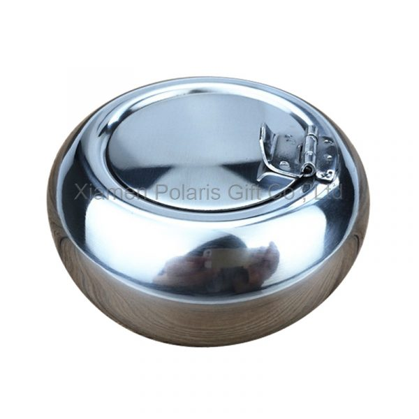 ashtray with cover